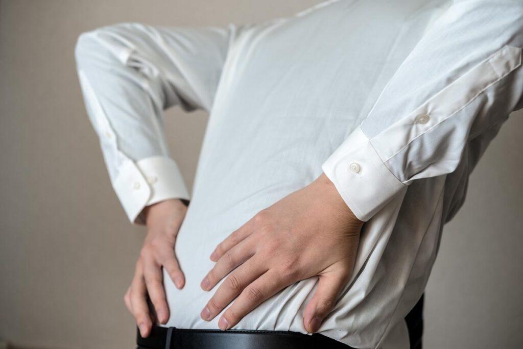 日常生活で起こる腰痛原因とは画像